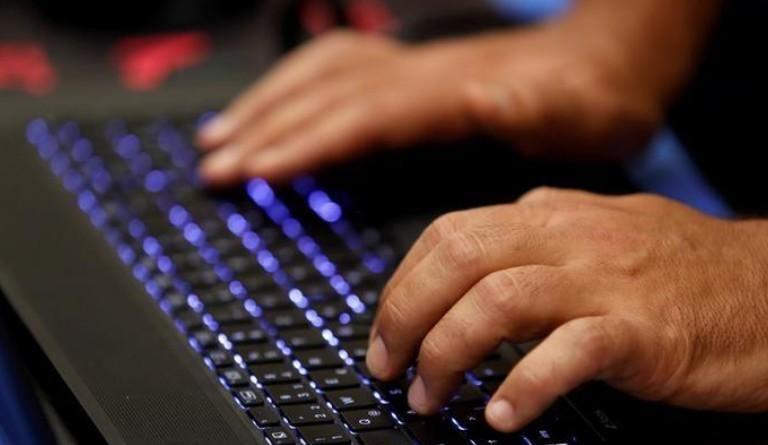 Prague extrade vers les Etats-Unis le hacker présumé Nikouline
