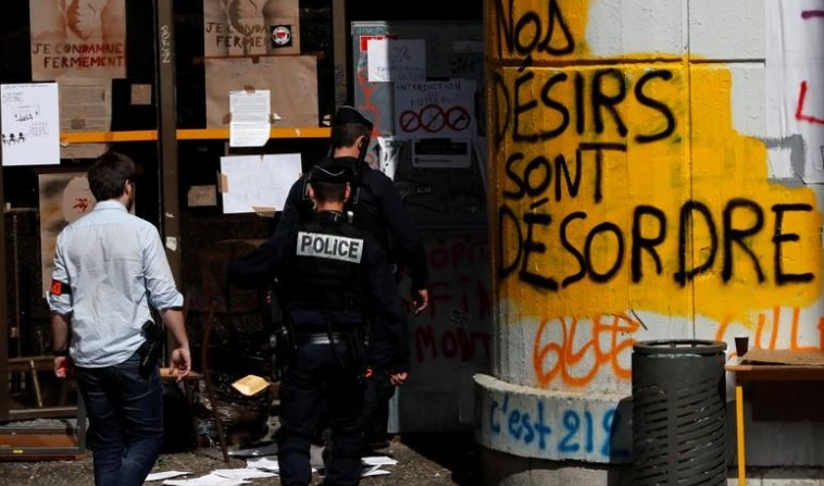 La faculté de Tolbiac évacuée par la police