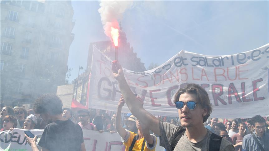 France: journée de grève dans la fonction publique