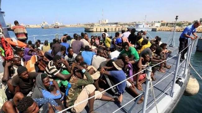 """Migrants africains expulsés d'Algérie : La récente enquête d'AP """"met au jour des traitements qui confinent à l'inhumanité"""""""