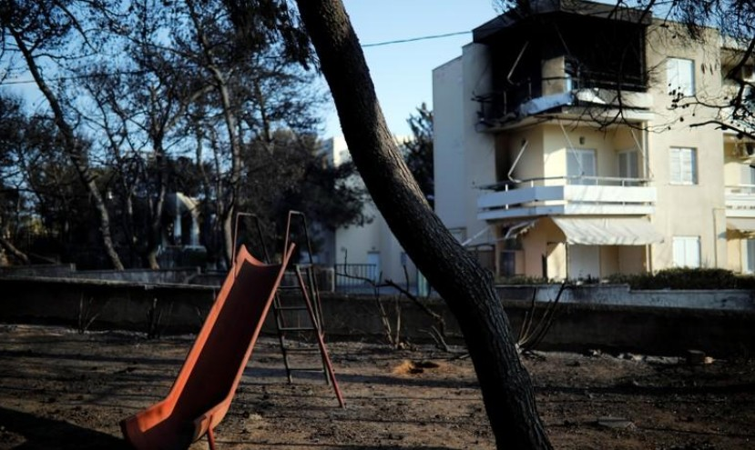 Incendies en Grèce: les recherches se poursuivent, 81 morts