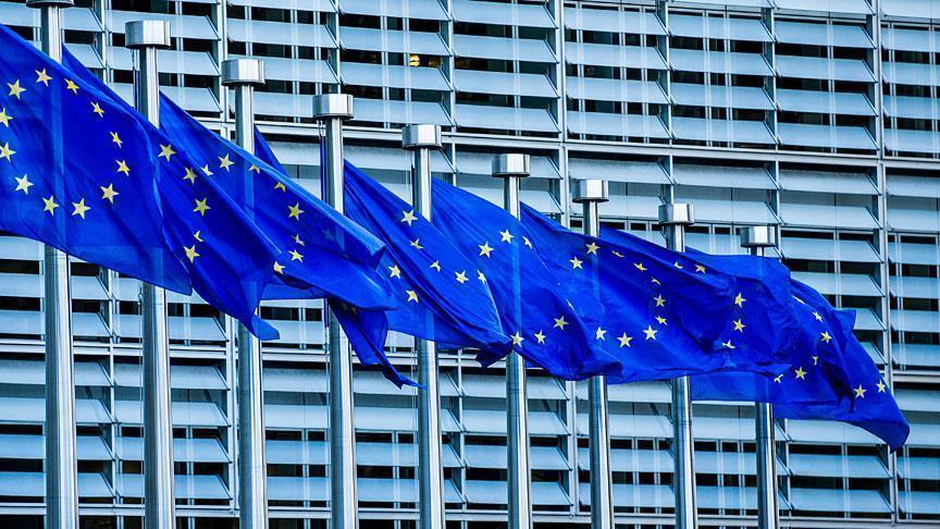 Crimée: L'UE impose des sanctions à 6 entreprises russes