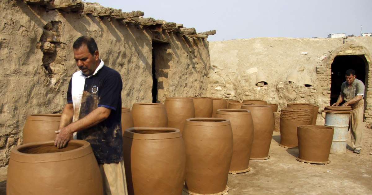 En Irak, la poterie se bat contre le plastique et le tout-électrique