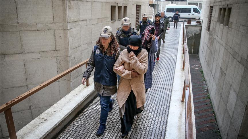 Turquie: 2 Françaises présumées membres de Daech, présentées à un juge