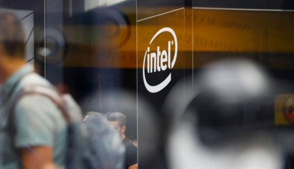 Intel travaille avec Facebook sur une puce d'intelligence artificielle