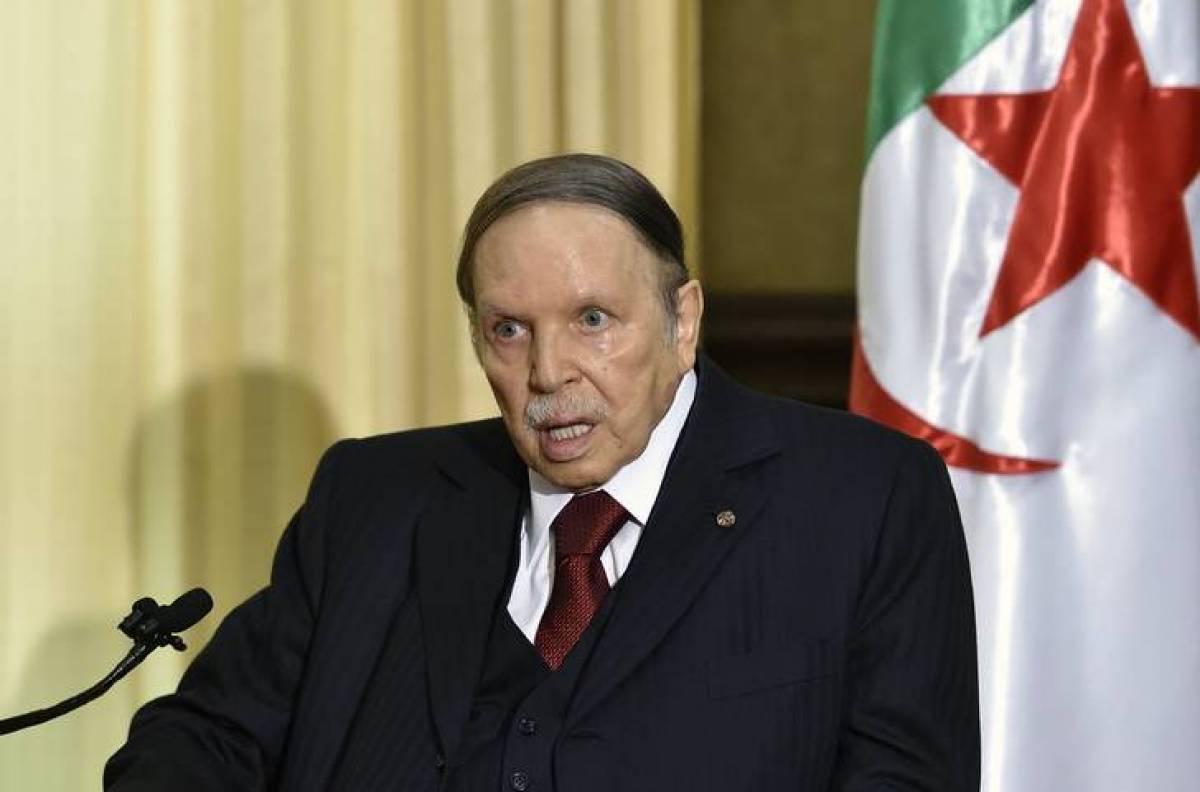 Algérie: Bouteflika perd le soutien de groupes liés à la guerre d'indépendance