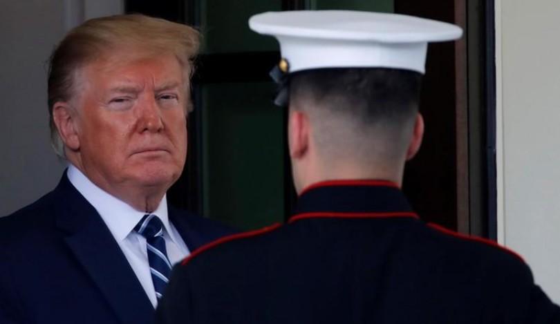 """Trump a stoppé des frappes contre l'Iran """"dix minutes"""" avant leur déclenchement"""