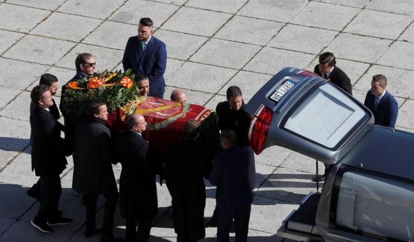 Espagne: La dépouille de Franco a été exhumée