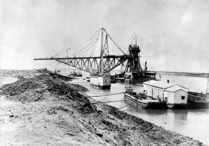 L'histoire mouvementée du canal de Suez