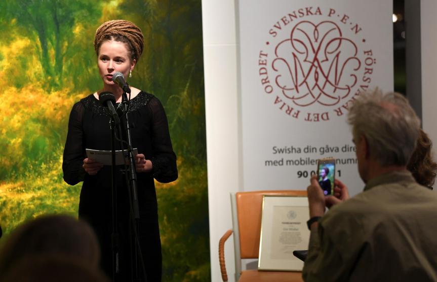 La Suède décerne un prix à l'éditeur Gui Minhai, Pékin menace