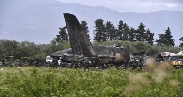 Algérie : deux officiers tués dans l'accident d'un avion militaire