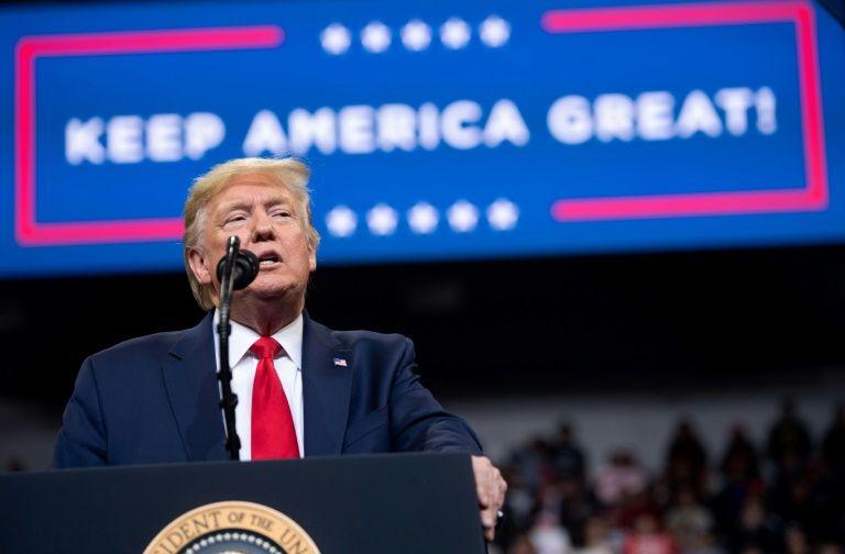 Pour ou contre une destitution de Trump: les arguments à son procès