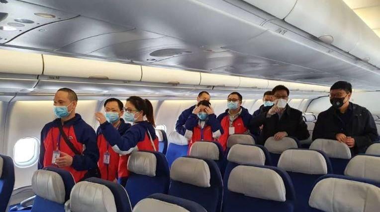 Coronavirus: un avion transportant de l'aide chinoise atterrit à Alger