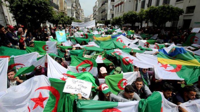 Algérie: une série d'arrestations et condamnations depuis plusieurs mois