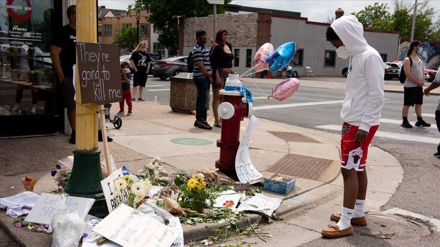 Mort de Georges Floyd : le maire de Minneapolis veut que le policier impliqué soit condamné