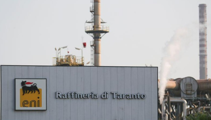 Prison requise contre le patron d'Eni en Italie pour corruption