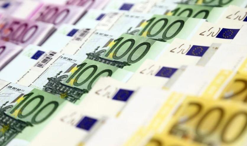 Zone euro: Le crédit aux entreprises proche d'un pic de 11 ans