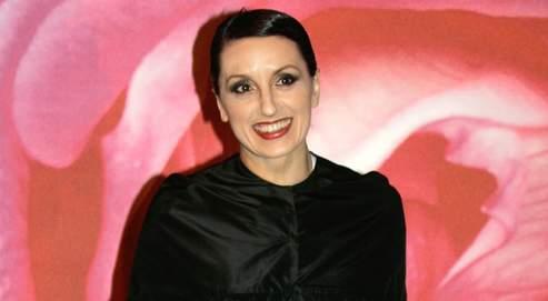 """Luz Casal chante l'amour et l'amitié sur """"Alma"""""""