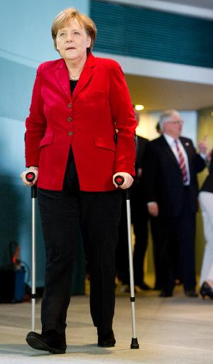 Allemagne: Merkel annule ses rendez-vous après une chute de ski