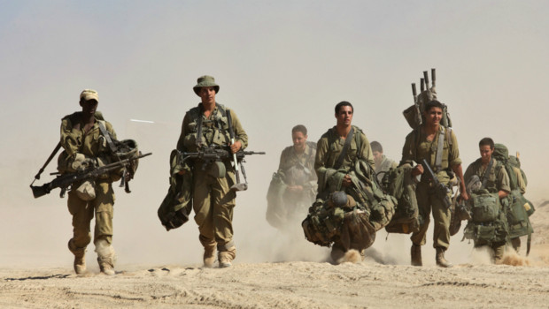 Deux Israéliens sont retenus à Gaza, dont un par le Hamas, accuse Israël