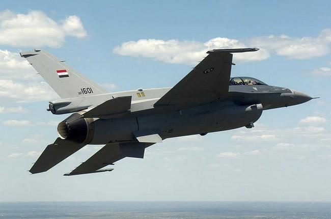 L'Irak prend possession des quatre premiers F-16 américains