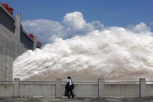 """La Chine lance la construction du """"plus haut barrage du monde"""""""