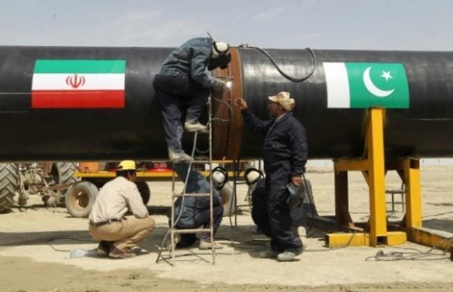 """Accord USA-Iran et ambitions russes attisent le """"grand jeu"""" des gazoducs au Pakistan"""