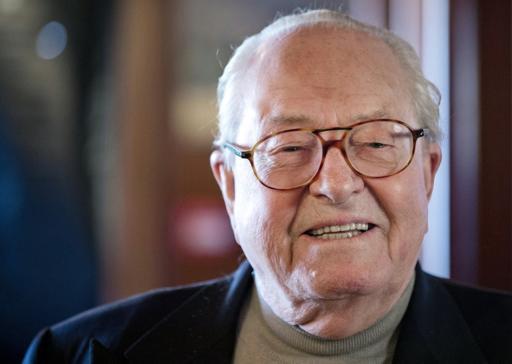 Jean-Marie Le Pen, convoqué devant le bureau exécutif du FN, risque l'exclusion