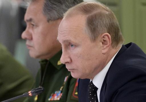 """Attentats de Paris: """"inacceptable"""" pour Moscou d'exiger le départ d'Assad avant toute union contre les """"terroristes"""""""