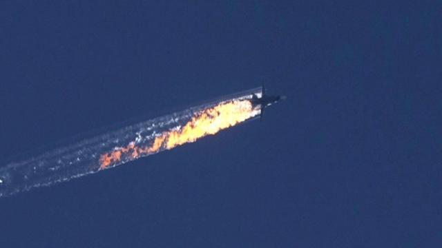 """Avion russe abattu: le second pilote """"récupéré par l'armée syrienne"""""""