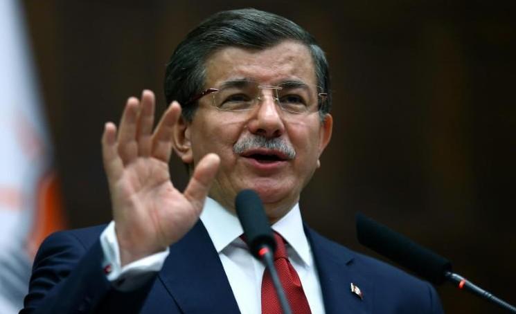Aide humanitaire attendue en Syrie, Ankara veut une opération terrestre