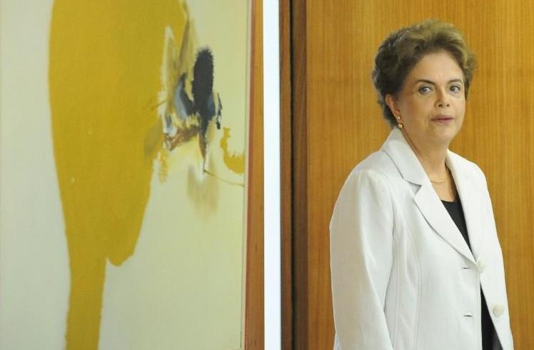 Brésil : avalanche d'accusations de corruption éclaboussant Rousseff