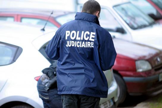 Marseille : un homme retrouvé égorgé au bord de l'autoroute