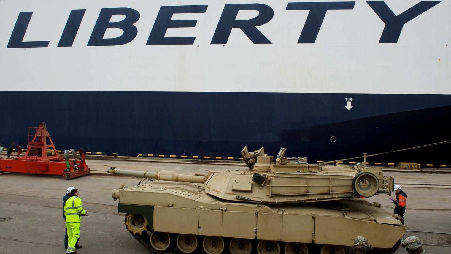 Face au risque russe, des blindés américains en Europe de l'Est