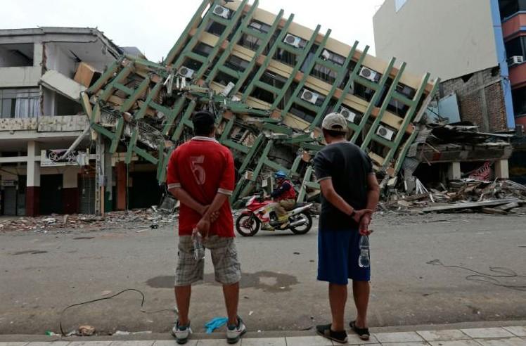 Séisme en Equateur: plus de 600 morts, l'ONU et la Banque mondiale mobilisées