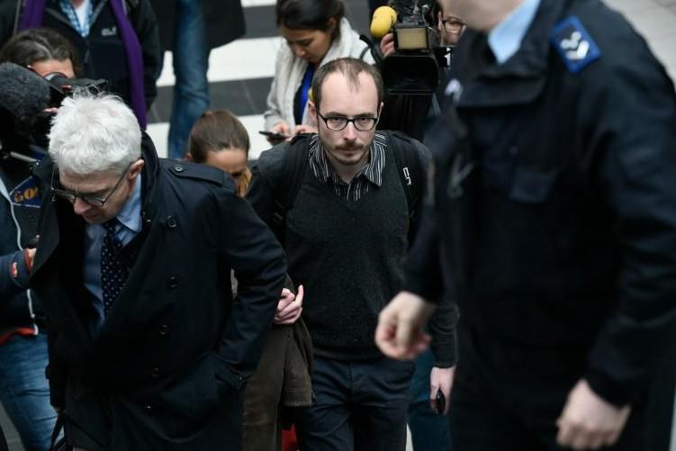 """Le procès des lanceurs d'alerte des """"Luxleaks"""" s'ouvre à Luxembourg"""