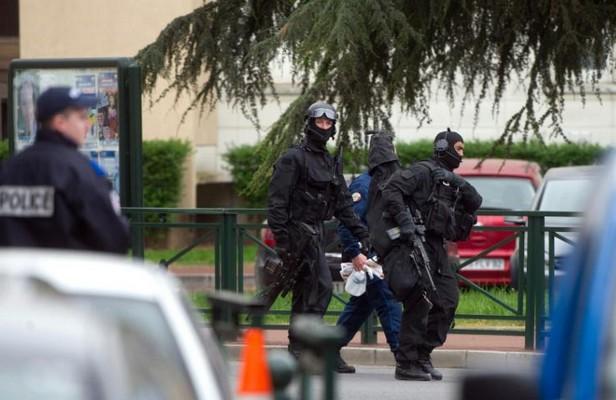 Fusillade à Lille: un mort et deux blessés