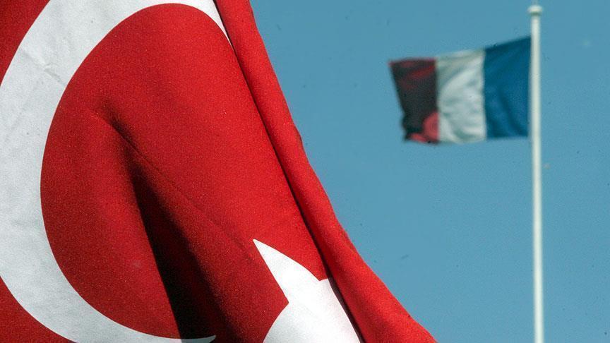 La France ferme son ambassade et ses consulats en Turquie pour des «raisons de sécurité»