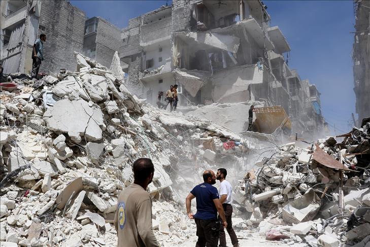 Syrie: 27 civils tués dans les bombardements contre Alep et Damas
