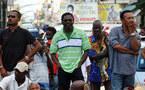 Négociations bloquées en Guadeloupe, situation apaisée en Martinique