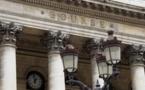 L'Europe dans le désordre, Apple pèse à Wall Street
